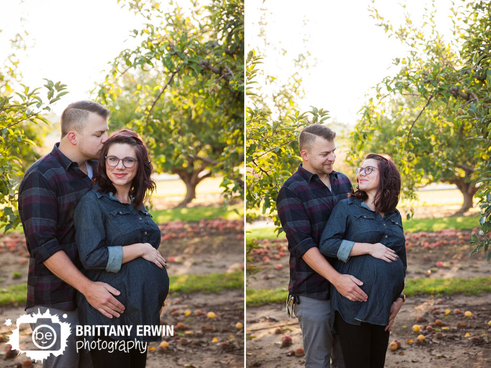 Pleasant-View-Orchard-maternity-portrait-session-photographer-forehead-kiss-Brittany-Erwin-Photography.jpg