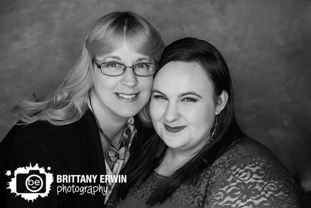 Indianapolis-portrait-studio-photographer-mother-daughter.jpg