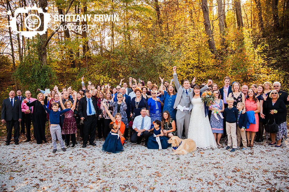 Story-Inn-Nashville-Indiana-wedding-photographer-group-photo-fall-family.jpg