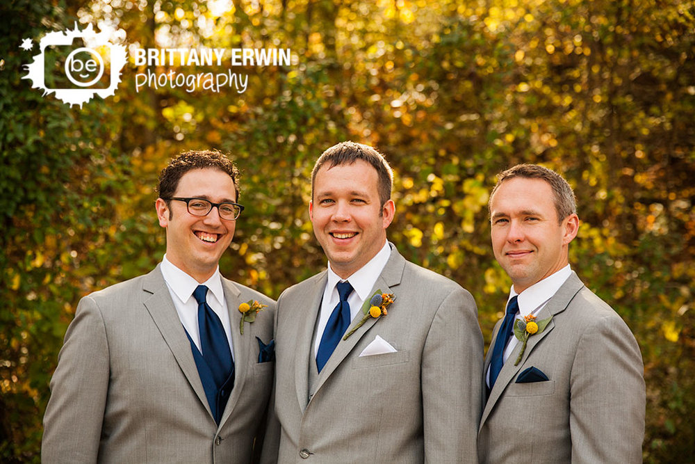 Story-Inn-wedding-photographer-groom-groomsemen-fall-portrait.jpg
