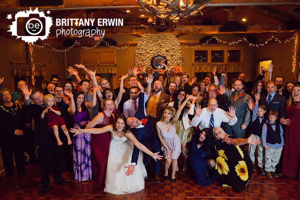 Noblesville-Indiana-Purgatory-Golf-Club-group-photo-reception-wedding-photographer.jpg