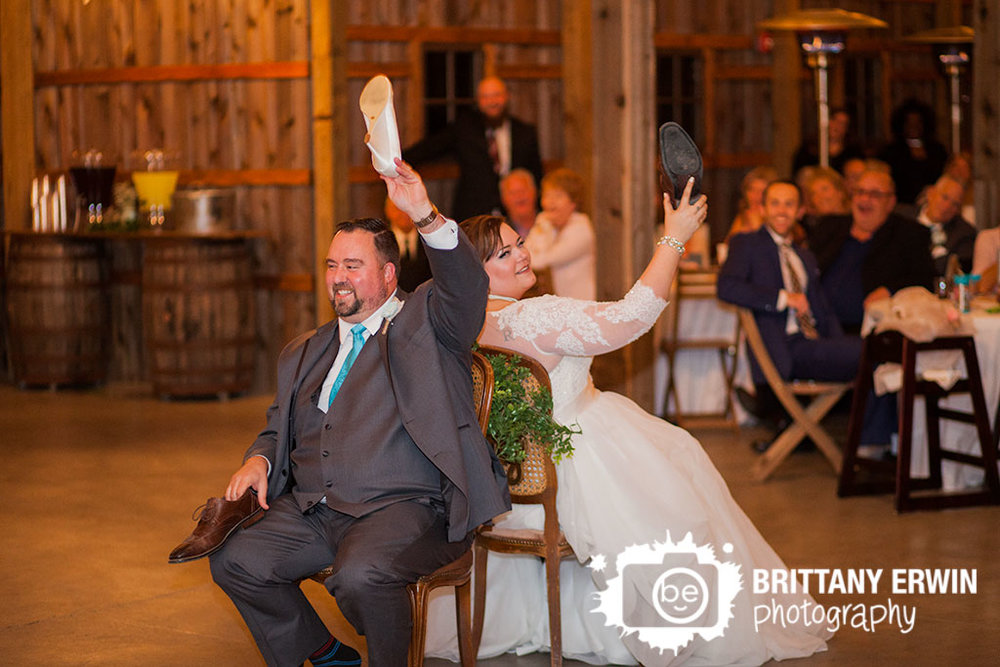 Barn-at-kennedy-Farm-wedding-reception-photographer-bride-groom-playing-the-shoe-game-at-reception.jpg