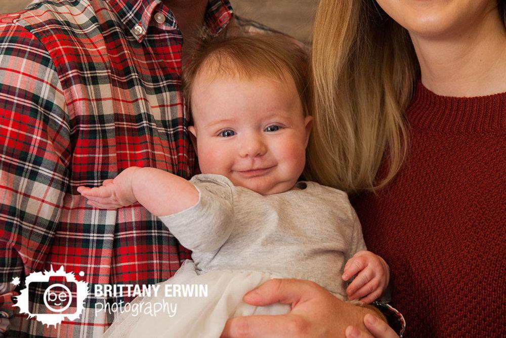 Christmas-mini-session-family-portrait-baby-girl-speedway-photographer.jpg