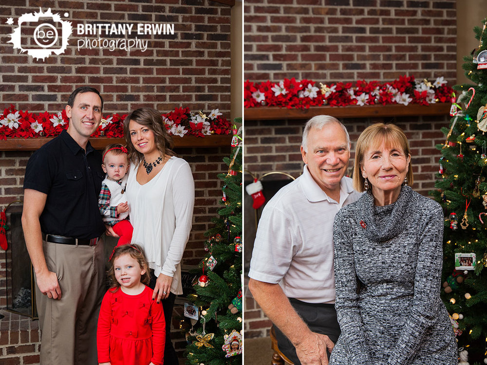 Indianapolis-based-family-portrait-photographer-on-location-in-home-christmas-group.jpg