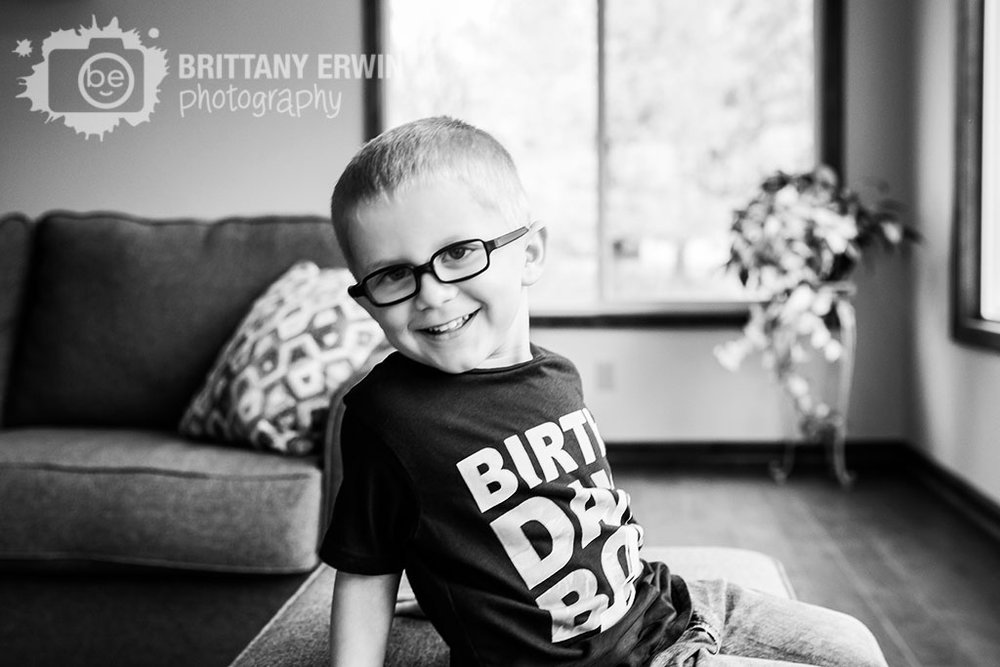 Indianapolis-birthday-boy-portrait-photographer-in-home-sunroom.jpg