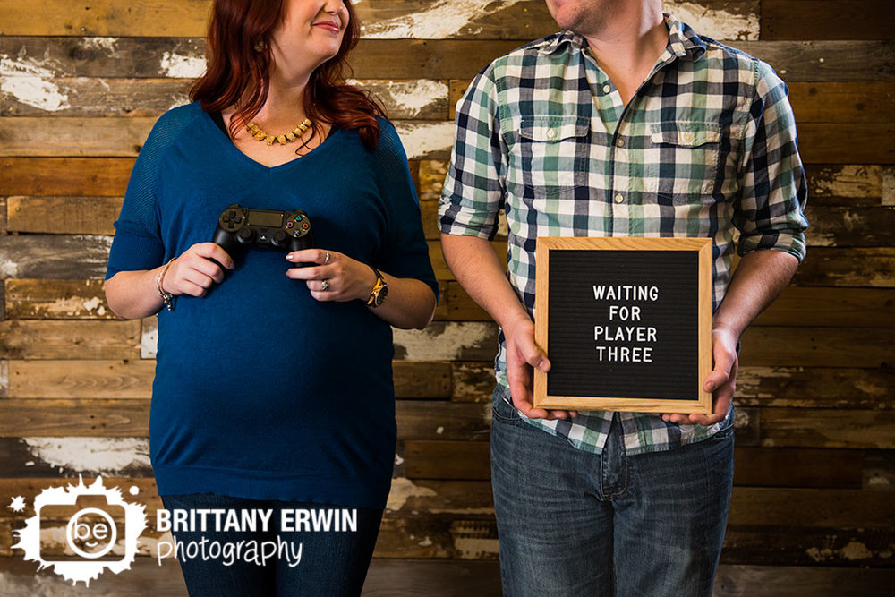 Speedway-Indiana-waiting-for-player-3-three-maternity-portrait-photographer-barn-wood-rustic-wall.jpg