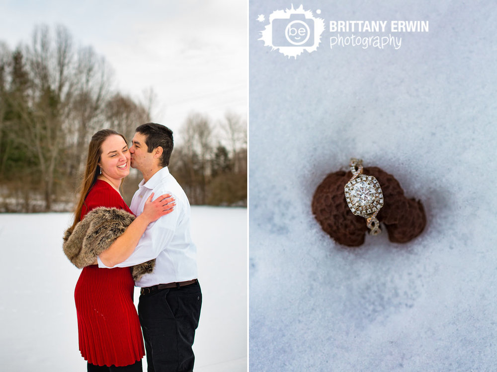 Indianapolis-winter-snow-portrait-photographer-couple-outside-fur-shawl-cheek-kiss.jpg