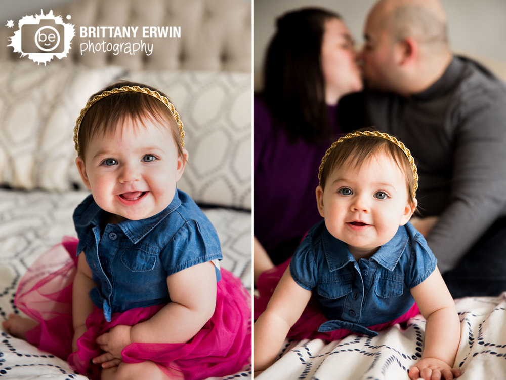 Indianapolis-lifestyle-portrait-photographer-baby-girl-family-portrait-parents-kiss.jpg