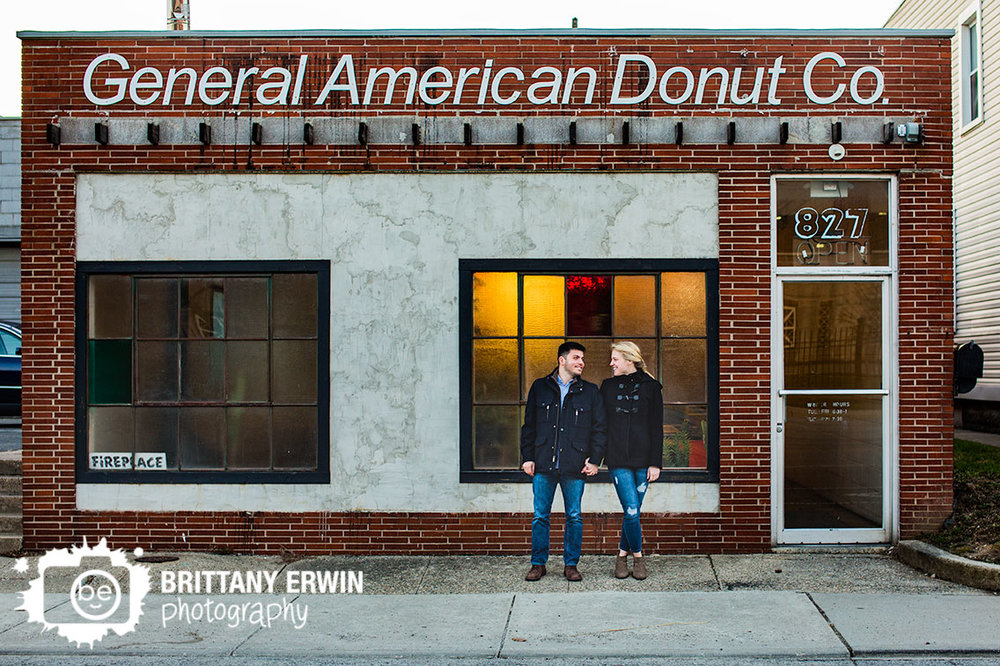 Fountain-Square-Indiana-engagement-portrait-photographer-general-american-donut-co.jpg