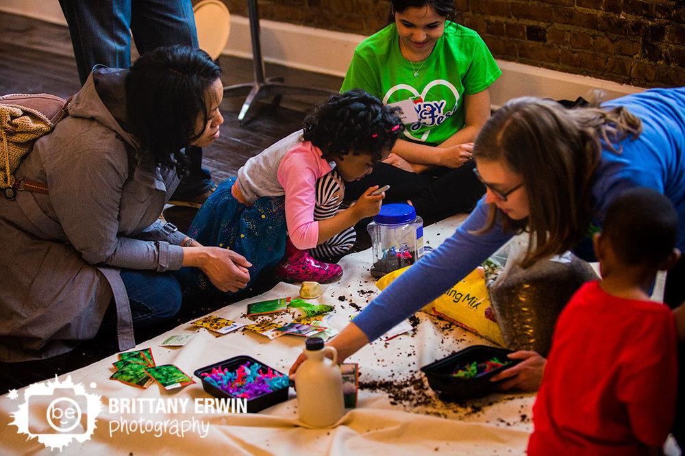 Indianapolis-Biltwell-Event-Center-photographer-childrens-activities-kid-friendly-Indy-VegFest-vegan.jpg