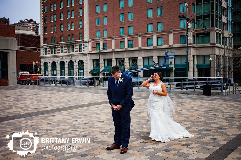 Indianapolis-downtown-pan-am-plaza-first-look-wedding-photographer-bride-groom.jpg