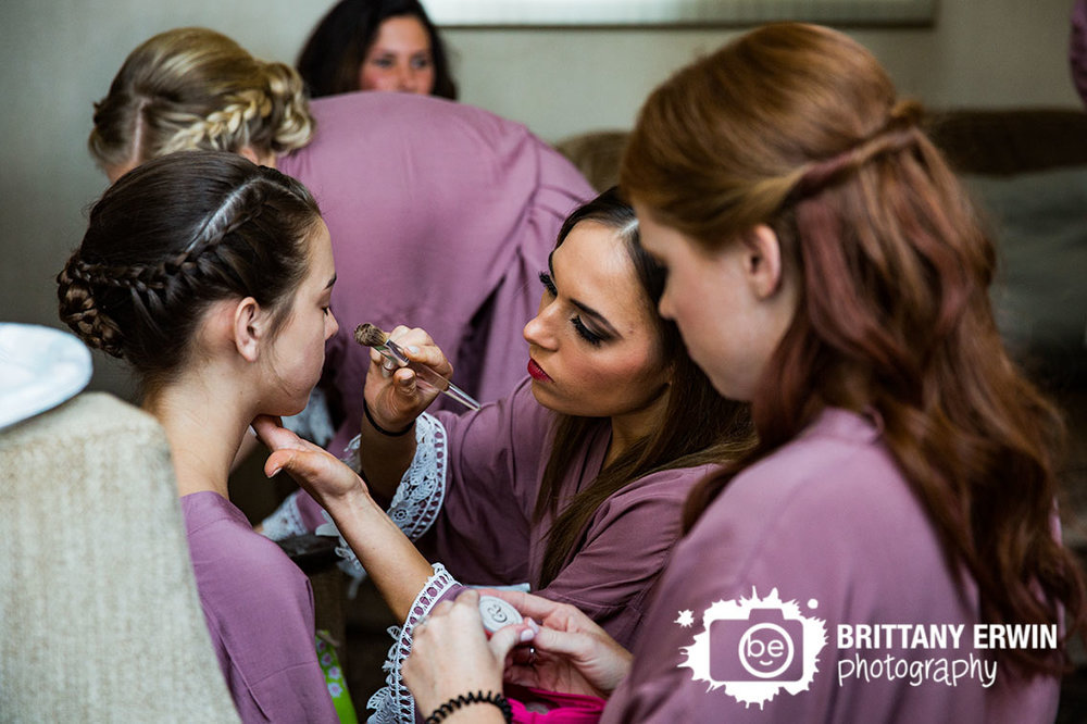 Indianapolis-wedding-photographer-bridesmaids-makeup-omni-hotel.jpg