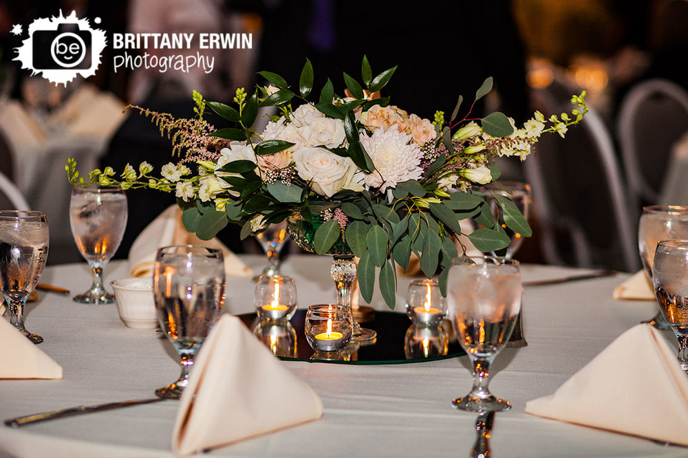 Indianapolis-wedding-photographer-reception-centerpiece-floral-candle.jpg