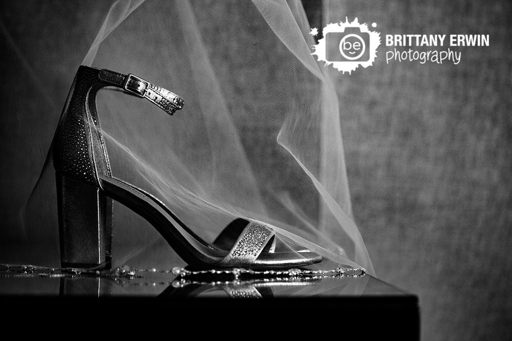 Indianapolis-wedding-photographer-sparkle-shoes-under-veil-omni-hotel.jpg