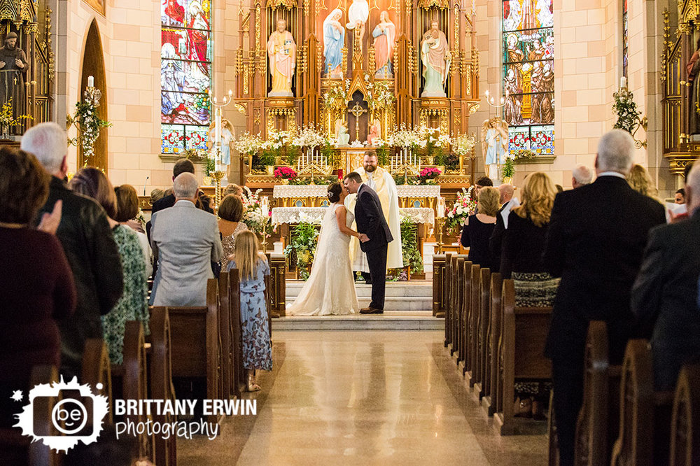 Indianapolis-wedding-photographer-sacred-heart-catholic-church-first-kiss-ceremony.jpg