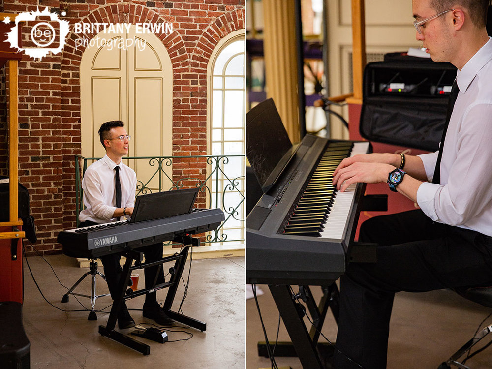 Downtown-Indianapolis-wedding-photographer-live-piano-player-pianist-city-market-reception.jpg