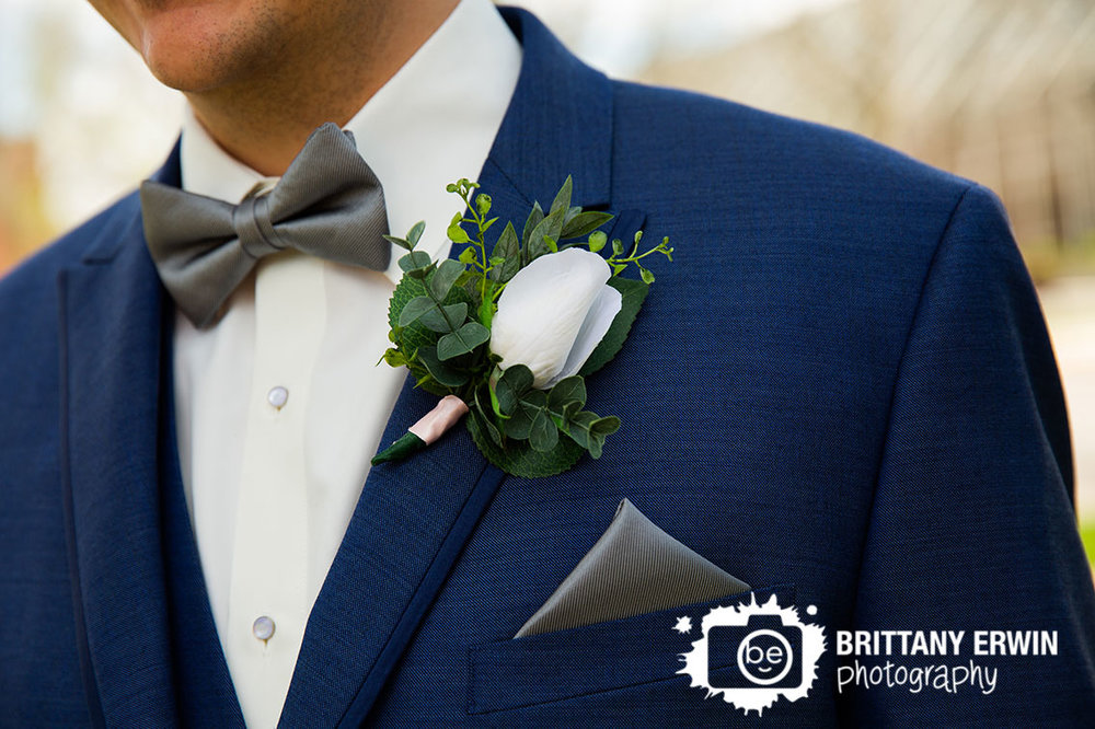 Columbus-Indiana-wedding-photographer-groom-boutonniere-diy-flowers-bowtie.jpg