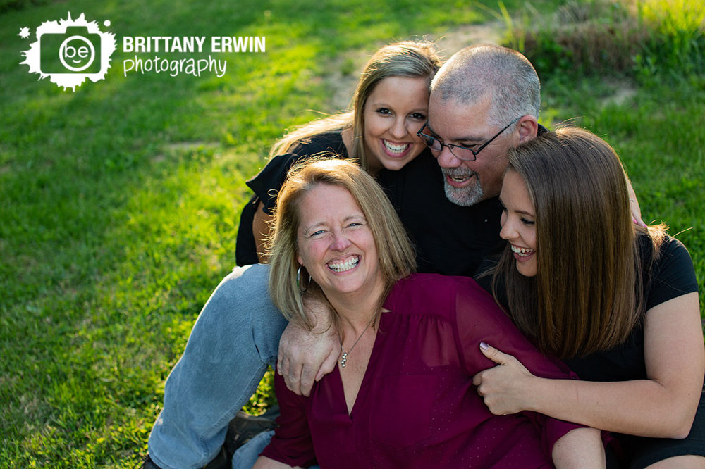 Indianapolis-family-portrait-photographer-mothers-day-group.jpg
