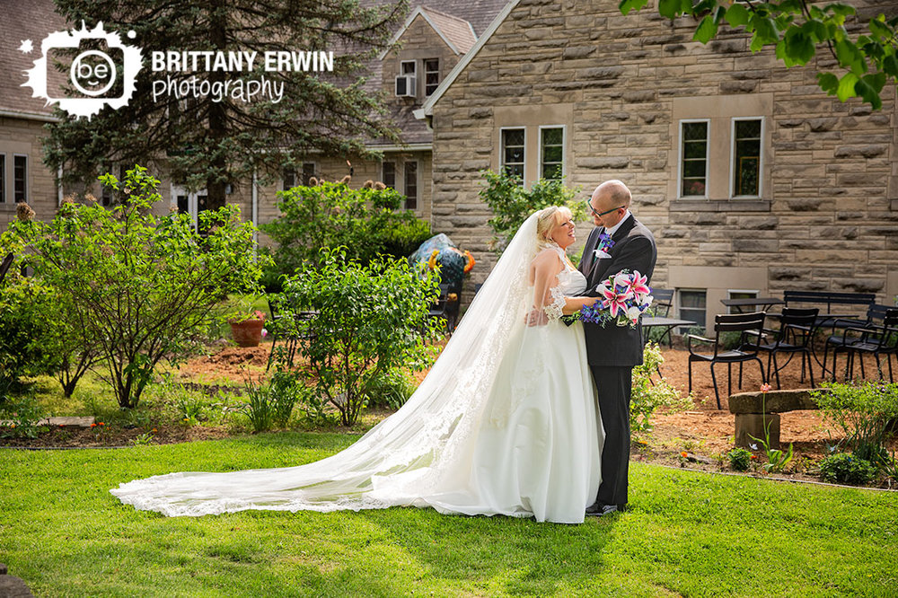 Art-Sactuary-Indiana-wedding-photographer-couple-outdoor-spring-cathedral-length-veil.jpg