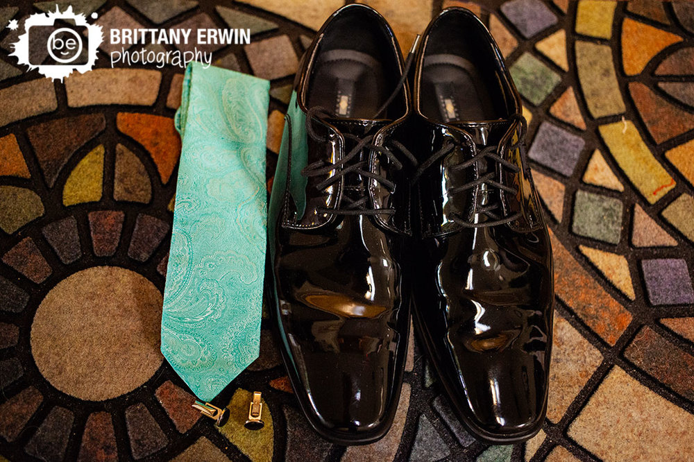 Art-Sanctuary-Indiana-wedding-photographer-groom-getting-ready-paisley-tie-black-shoes.jpg