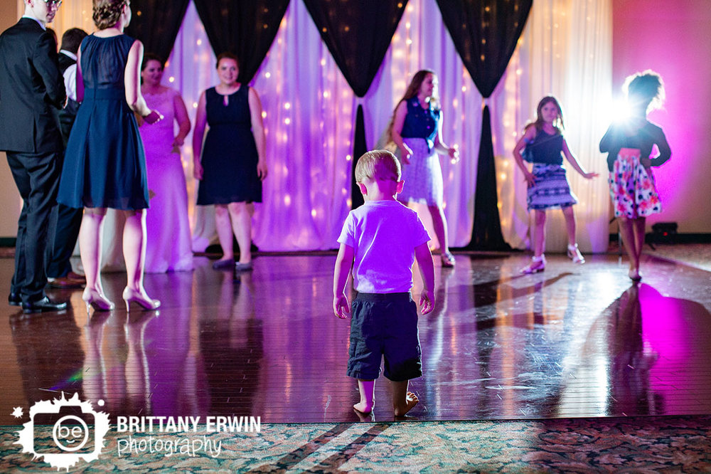 Dance-floor-little-boy-wedding-photographer.jpg