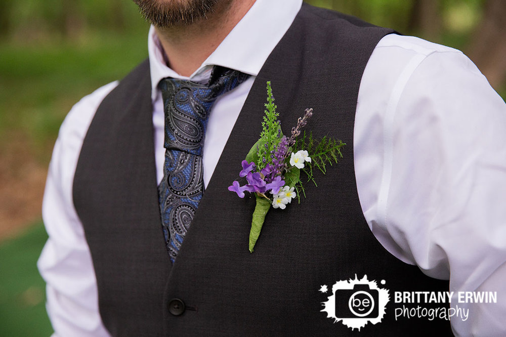 Indiana-photographer-groom-boutonniere-purple-flower-blue-paisley-tie.jpg