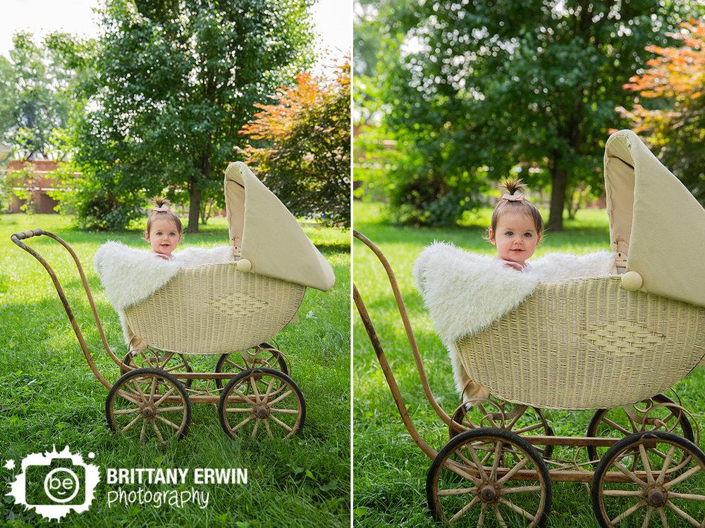 Indianapolis-studio-photographer-antique-pram-baby-girl-first-birthday.jpg