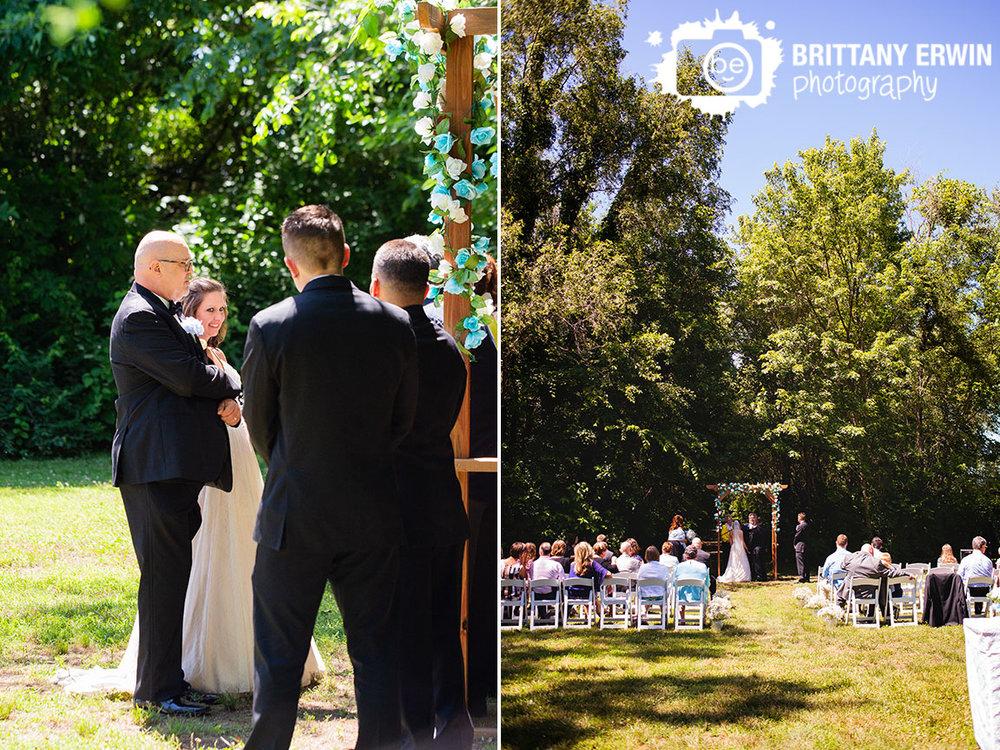 Wedding-ceremony-wedding-photographer-arbor-with-flower-garland.jpg