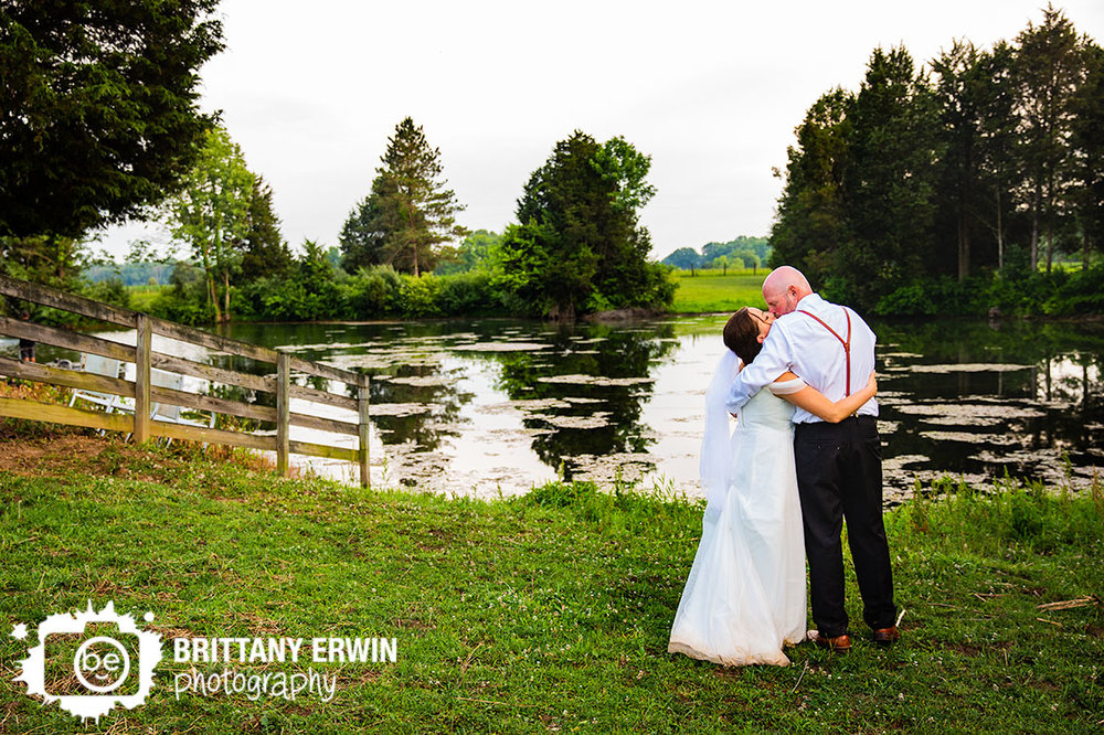 horse-farm-pond-wedding-photographer-couple-at-sunset.jpg
