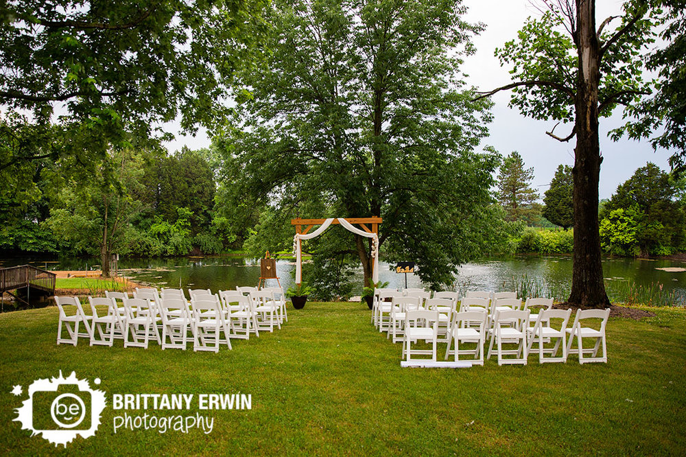 Indianapolis-wedding-ceremony-photographer-outdoor-waterside-wooden-arbor.jpg