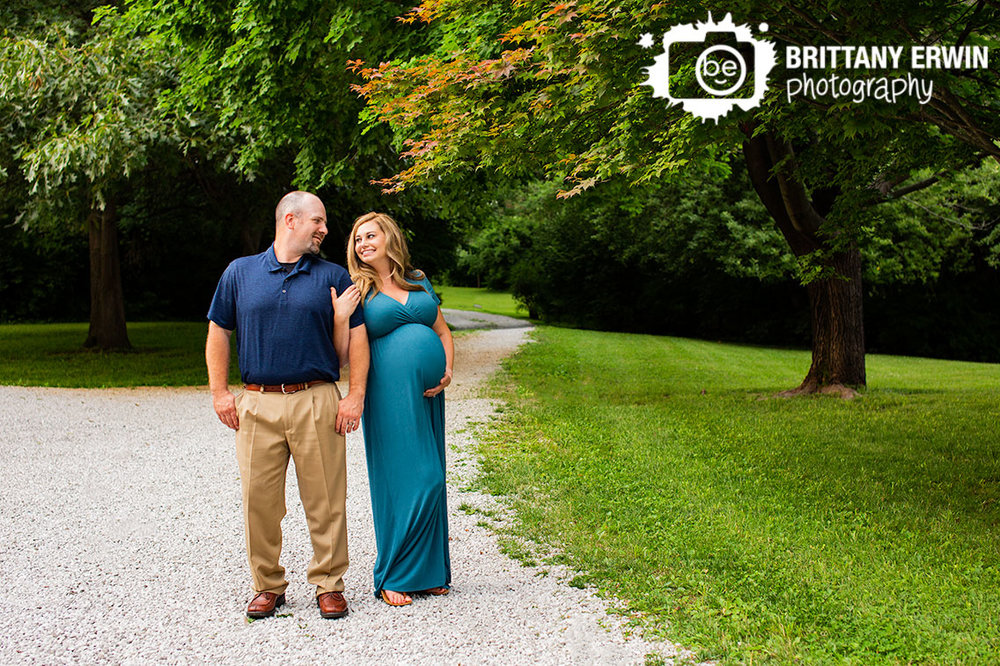 Indianapolis-maternity-portrait-path-summer-sunset.jpg