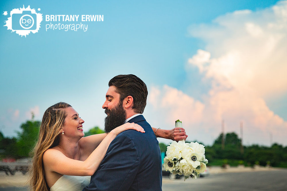 Indianapolis-zoo-wedding-photographer-sky-sunset-cloud.jpg