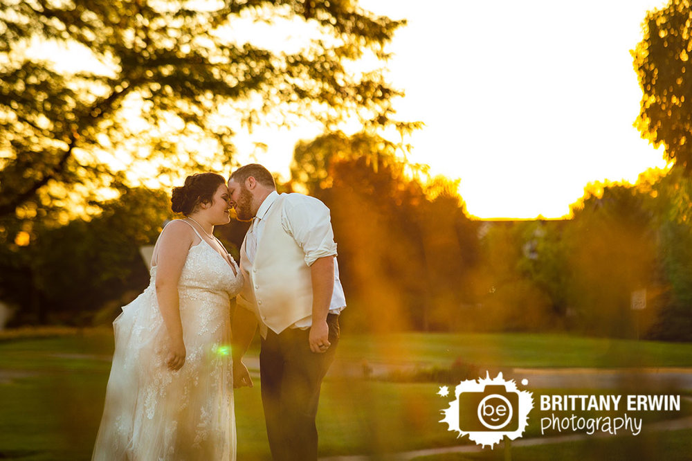 Heartland-Crossing-golf-links-sunset-wedding-photographer.jpg