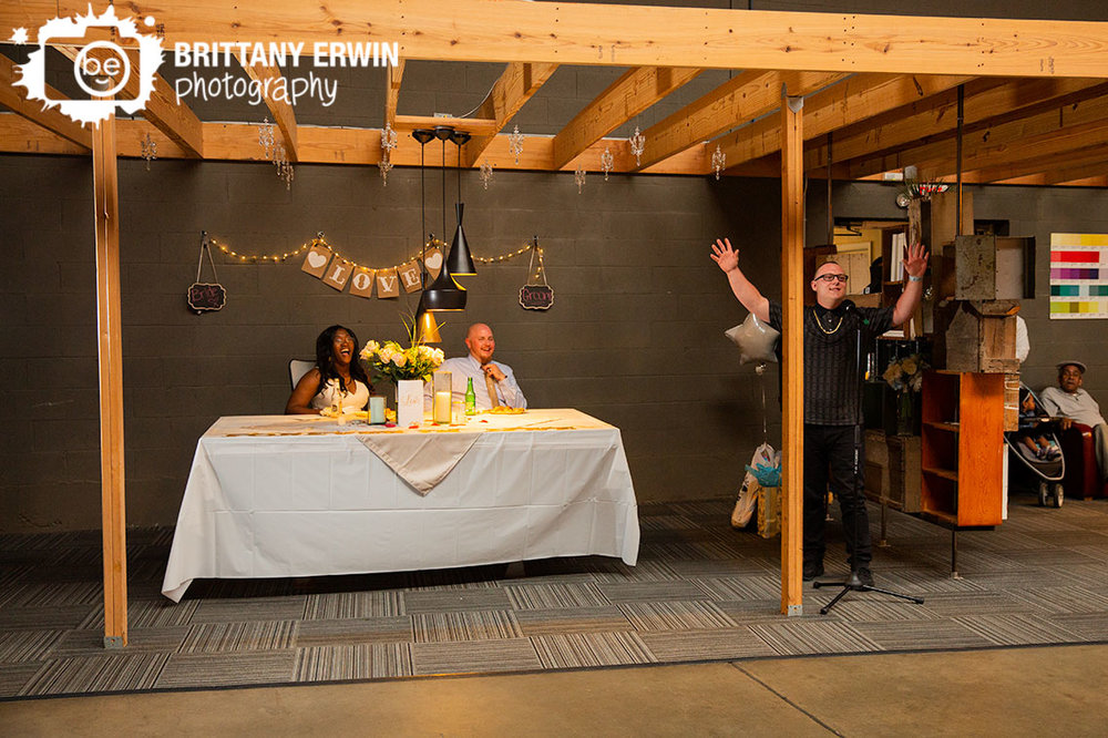 Indianapolis-wedding-reception-photographer-best-man-toast-laugh.jpg