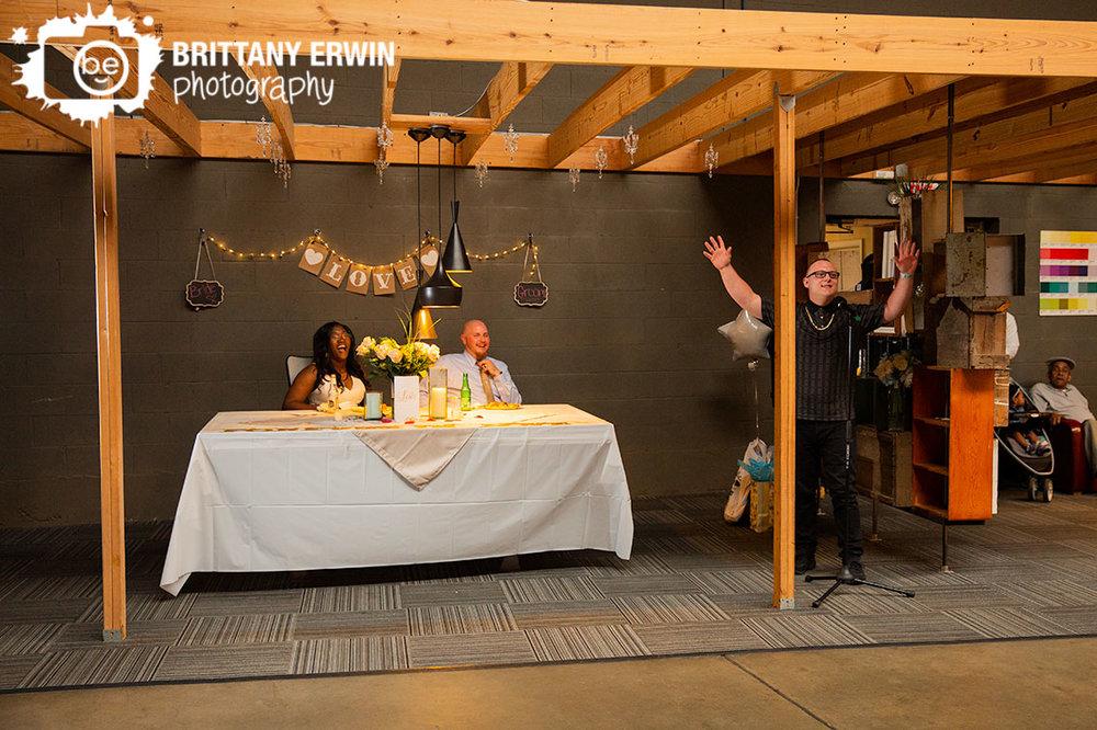 Indianapolis-wedding-reception-photographer-best-man-toast-laugh.jpg