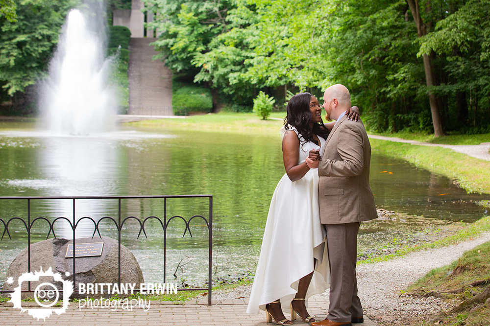 Indianapolis-Holcomb-garden-fountain-wedding-dance-summer.jpg