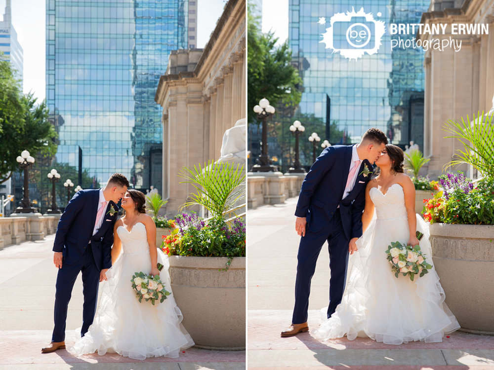 Downtown-Indianapolis-urban-skyline-couple-wedding-kiss.jpg