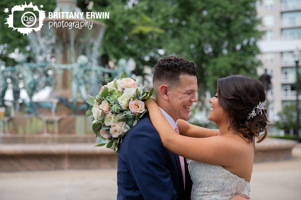 Downtown-Indianapolis-fountain-wedding-photographer-couple-rose-succulent-bouquet.jpg