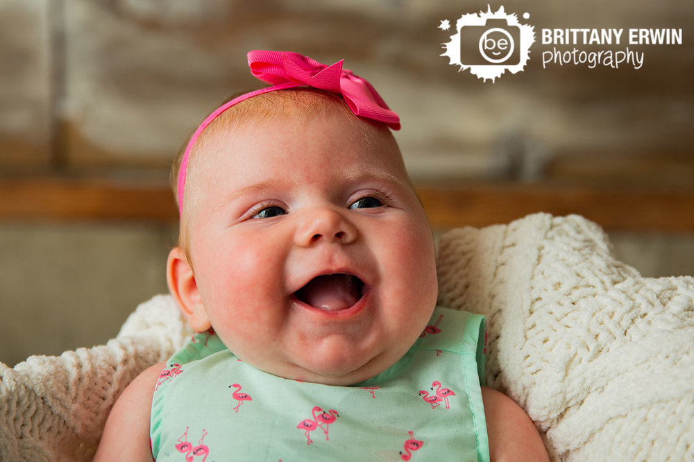 Indianapolis-baby-girl-portrait-photographer-box-knit-blanket-flamingo-dress.jpg