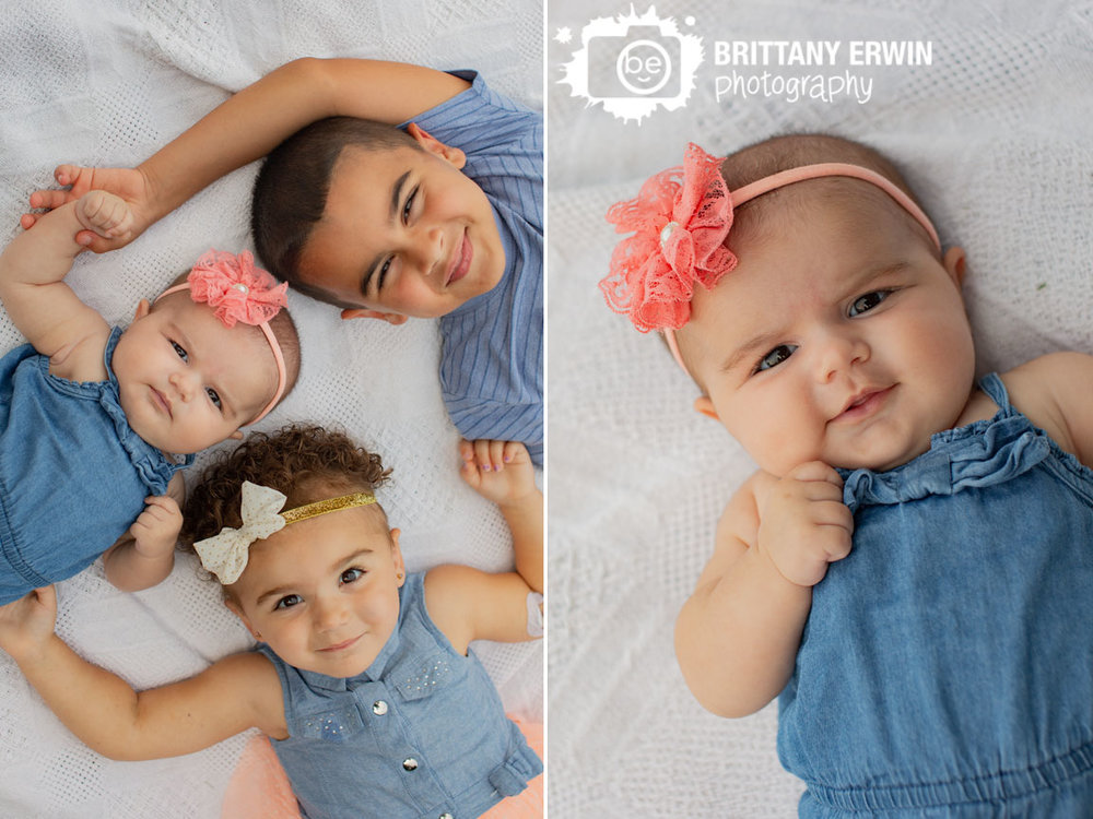 Indianapolis-siblings-portrait-photographer-brother-sister-lie-on-blanket.jpg
