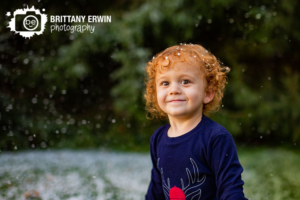 Indianapolis-portrait-photographer-winter-snow-mini-session-curly-red-hair.jpg