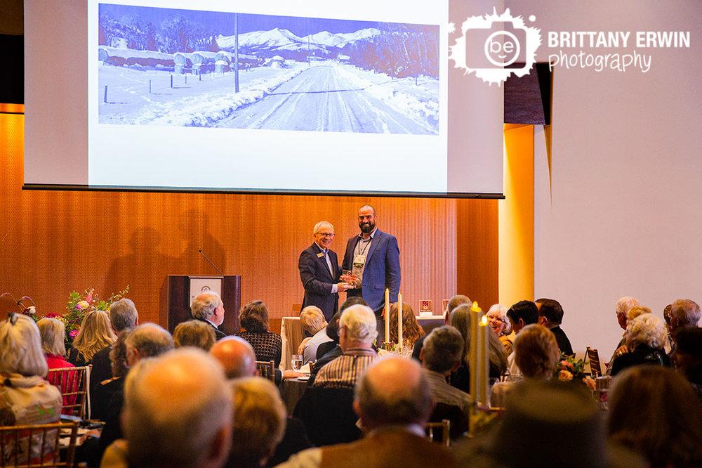 Indianapolis-award-winner-painting-Eiteljorg-Museum-of-Western-art-event-photographer.jpg
