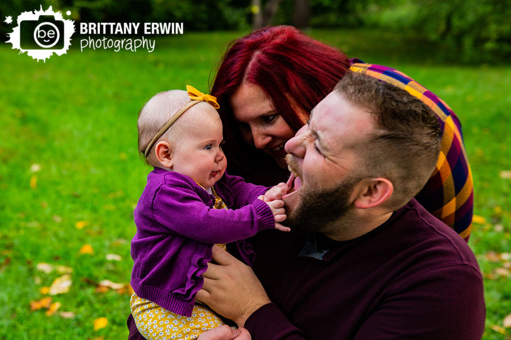 Indianapolis-fall-mini-session-family-portrait-photographer-silly-baby-with-mom-dad.jpg