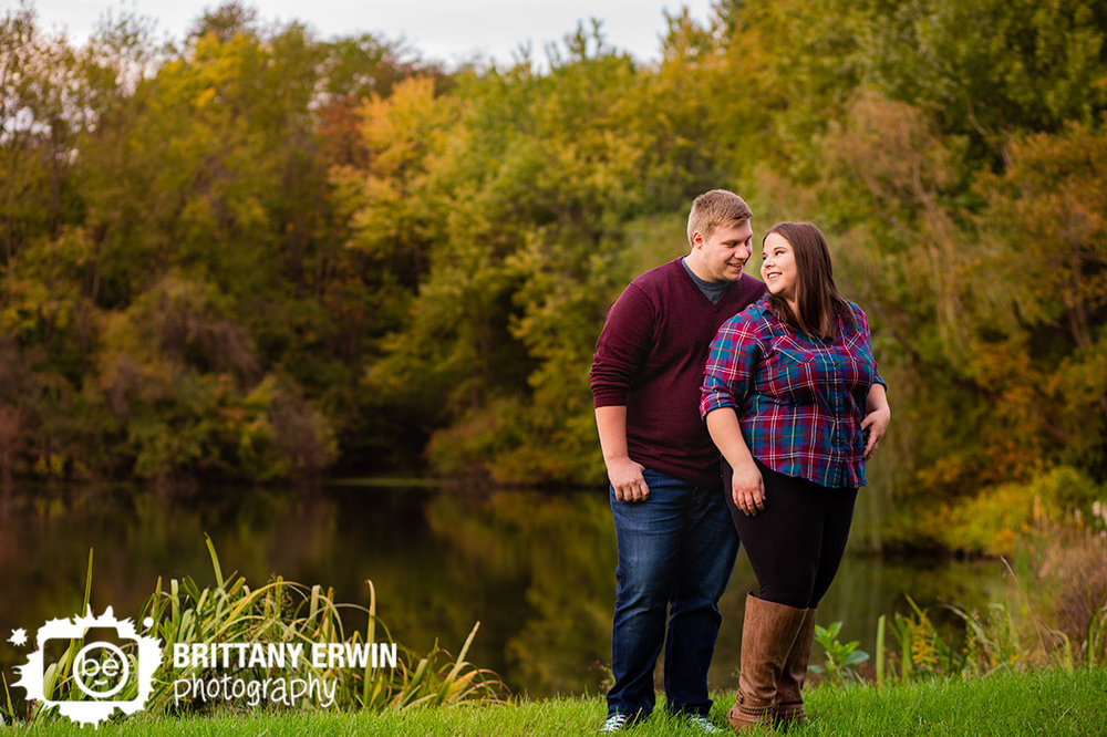Indianapolis-pond-side-engagement-portrait-photographer-couple-fall.jpg