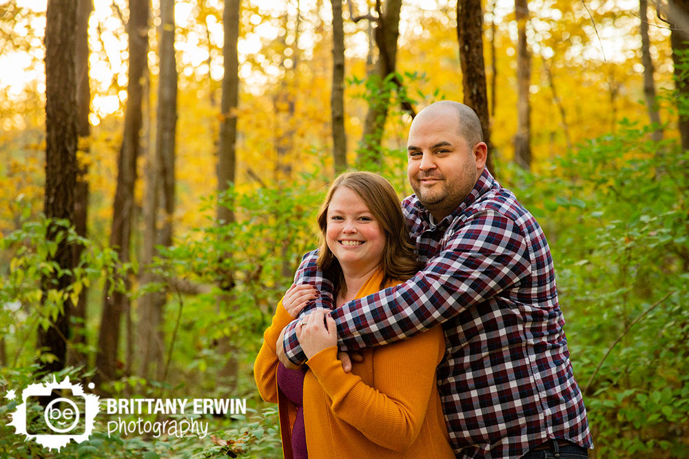 Indianapolis-fall-engagement-portrait-photographer-couple-in-fall-leaves.jpg