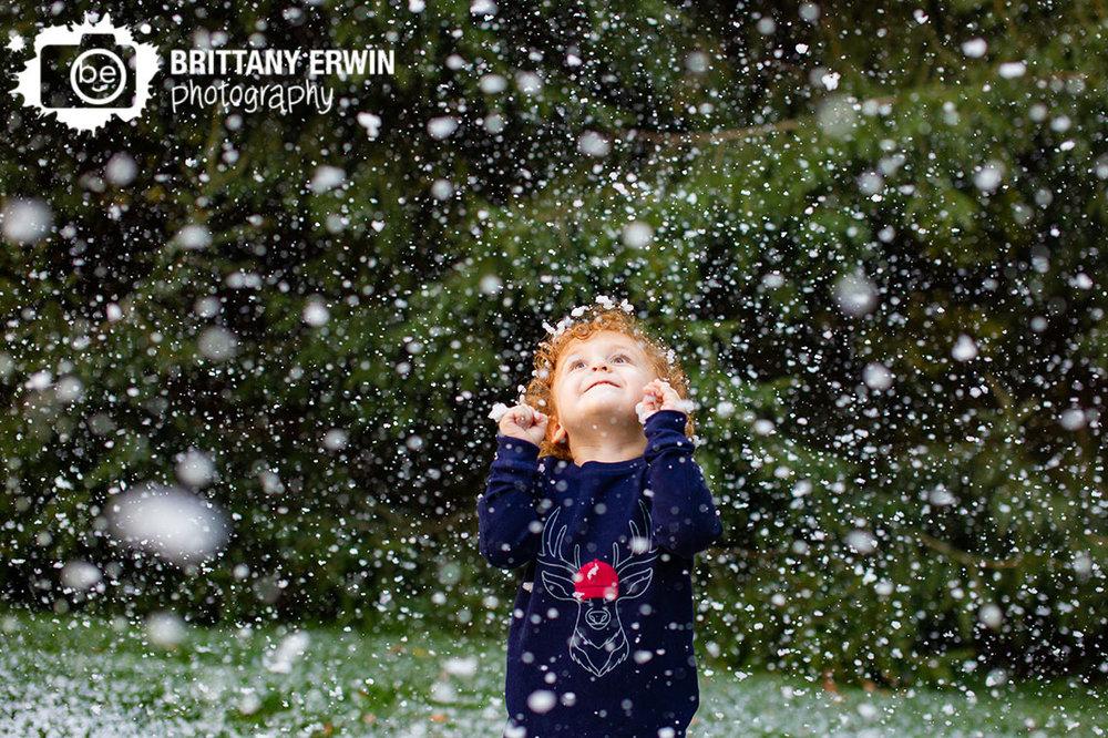 Indianapolis-snow-photographer-snowing-happy-boy.jpg