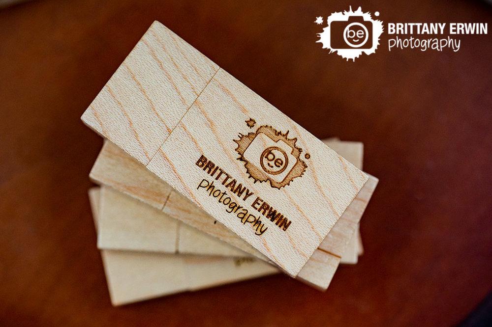 Brittany-Erwin-Photography-wedding-event-portrait-photographer-usb-drive.jpg