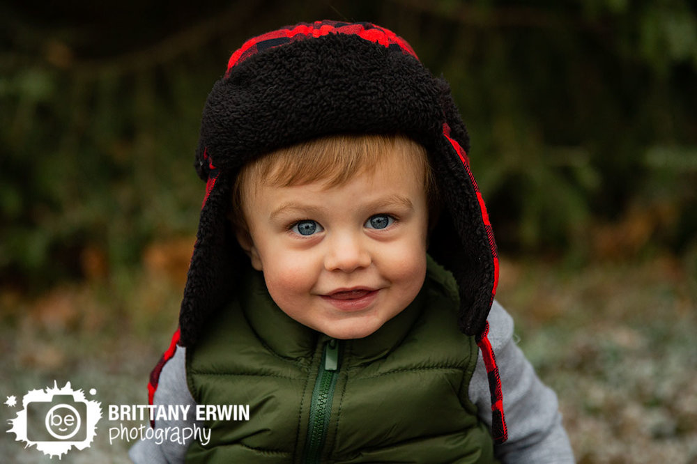 Indianapolis-portrait-photographer-boy-with-plaid-hat-ear-flaps.jpg