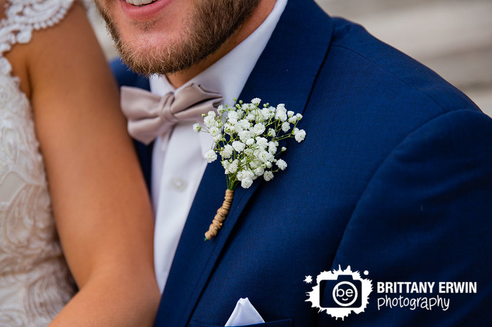 Indianapolis-wedding-photographer-navy-suit-babys-breath-boutonniere.jpg