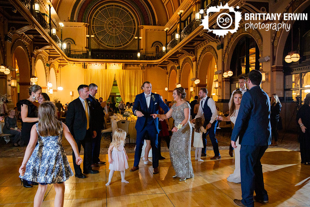 Indianapolis-wedding-reception-photographer-bridal-party-dancing-mother-of-bride-union-station.jpg